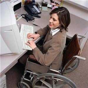 angajati-cu-dizabilitati_165e94d008-299x300.jpg